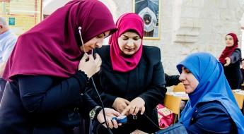 耶路撒冷:斋月即将到来,阿克萨清真寺的卫兵接受急救培训