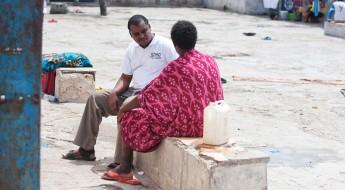 索马里:探视被拘留者,确保他们受到有尊严的对待