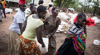 South Sudan: Families receive seeds and tools to plant as rains set in