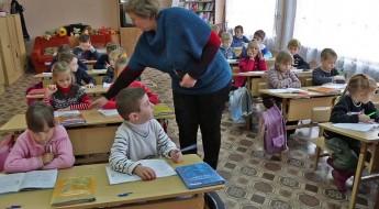 Ucrania: el CICR ayuda a escuelas afectadas por el conflicto