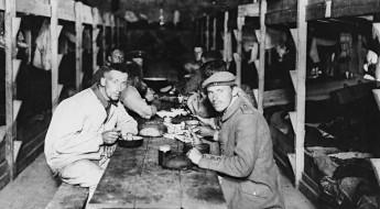 !1929年:保护战俘