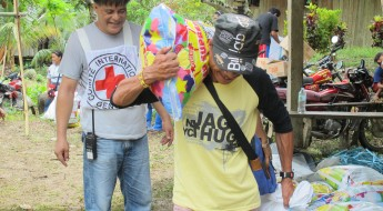 Photo gallery: Our journey to reach families in Surigao del Sur