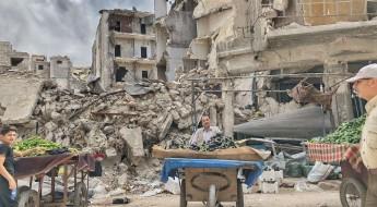 在阿勒颇的废墟中庆祝斋月