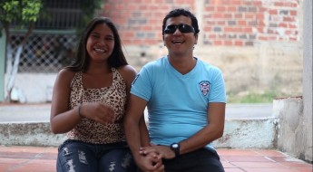 Colombia: víctima de mina perdió la vista pero no dejó su futuro a oscuras