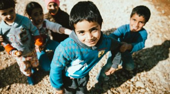 لبنان: حملة تلقيح لأطفال لاجئين من سورية