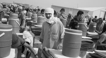 العراق: توزيع المساعدات يستمر بالتزامن مع ارتفاع موجات النزوح