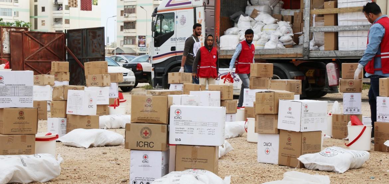 ليبيا: الليبيون بين مطرقة النزاع وسندان الفيروس