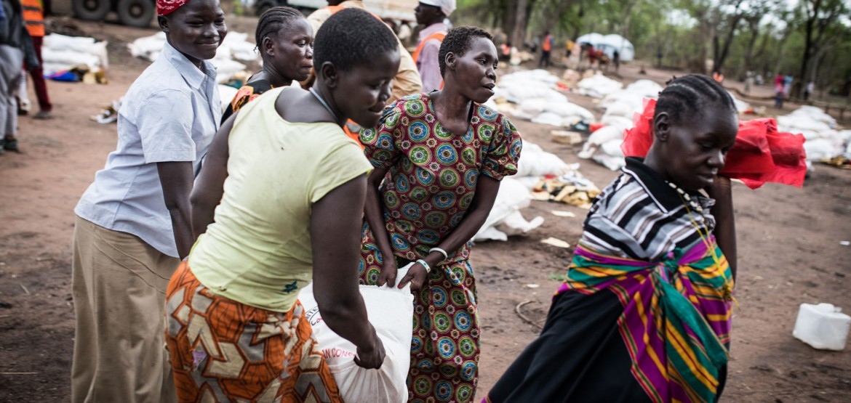 Familias en Sudán del Sur reciben semillas y herramientas al comenzar la temporada de lluvias