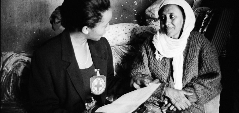 """埃塞俄比亚:诺贝尔和平奖中提到的""""和解""""是失散家庭的救命稻草"""