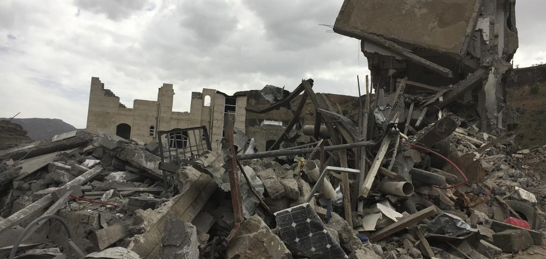 CICV lamenta a morte de civis durante ataques aéreos em bairros densamente povoados de Sanaa