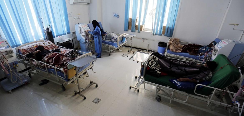 也门:战争的隐形代价:成千上万肾透析患者面临死亡威胁