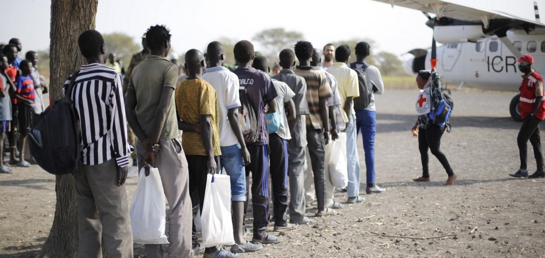 جنوب السودان: اللجنة الدولية للصليب الأحمر تُيسّر عملية الإفراج عن 24 محتجزاً