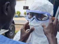 Un toque humano frente al ébola