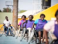 Südsudan: 80 Rollstuhlbasketballspieler*innen treten in einem zweitägigen Turnier in Juba gegeneinander an.