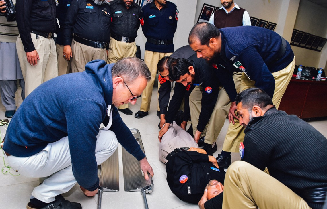 Khyber Pakhtunkhwa: Working with police to strengthen emergency response in Pakistan