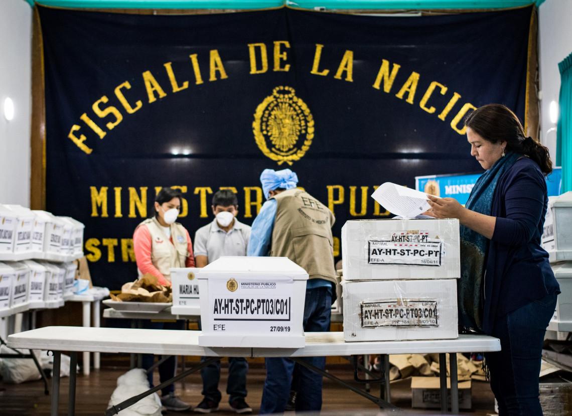 Perú: Fiscales de casos de desaparición se capacitan en DIH