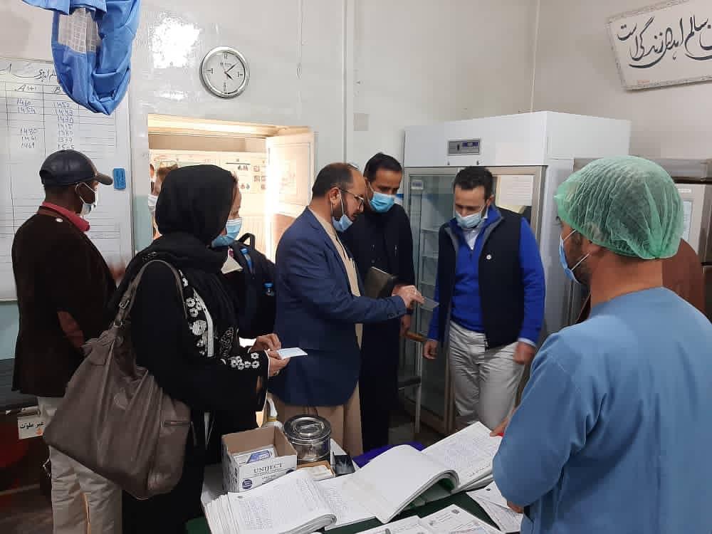 访问阿富汗:冲突双方地区的医院均表明该国医疗系统亟需援助