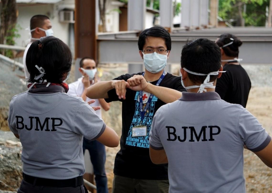 由于亚太地区人口约有43亿,占全球总人口的60%,如未能控制疫情暴发,可能会造成毁灭性灾难。