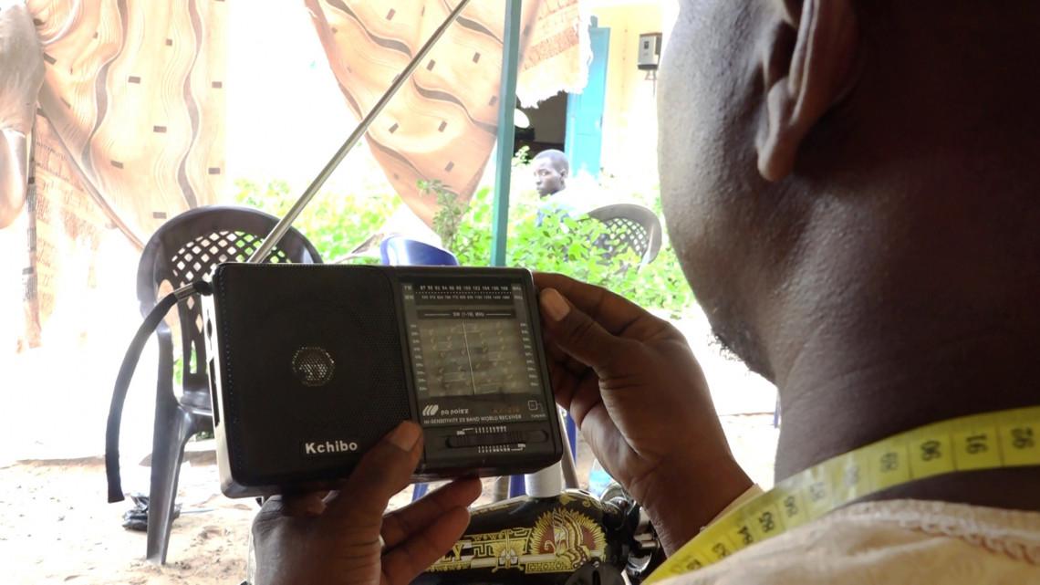 Au Niger, la radio au service de l'action humanitaire. CICR