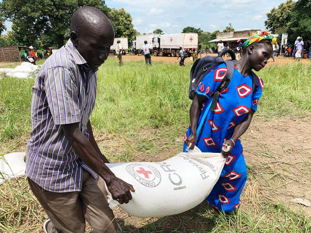 Food distribution to displaced persons in Lanya county Central Equatoria state.
