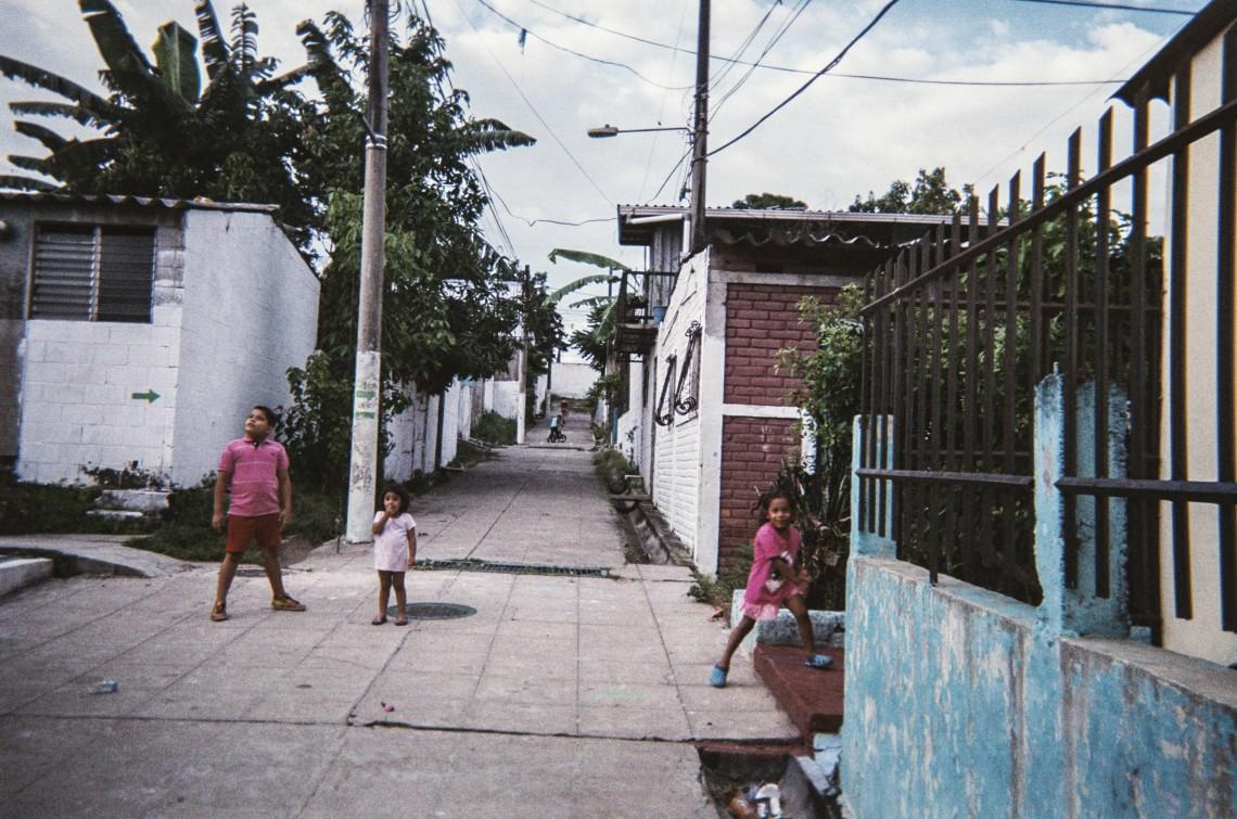 El Salvador: realidades dibujadas con luz (Parte I)