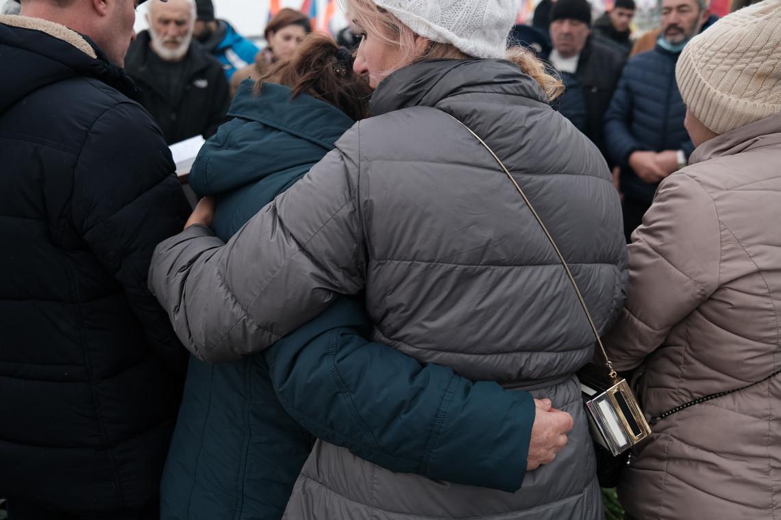 Цена нагорно-карабахского конфликта, рассказанная в историях одной семьи об утратах, потере дома и новом начале. Areg BALAYAN/ICRC
