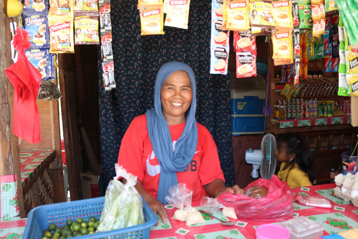 Through her small business, single mother Jubaida is able to support her children.