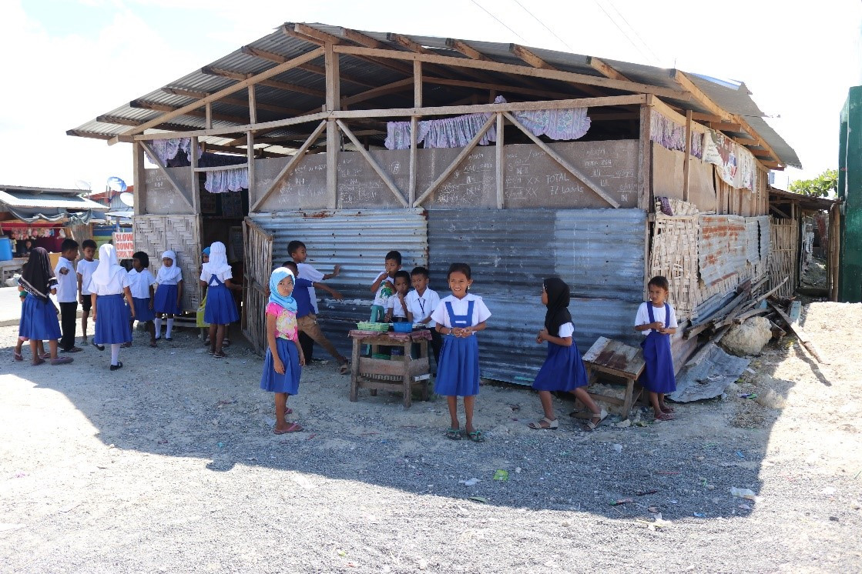 菲律宾:在洪灾与武装冲突期间,为帕哥丁的学生们打造一个更安全的空间
