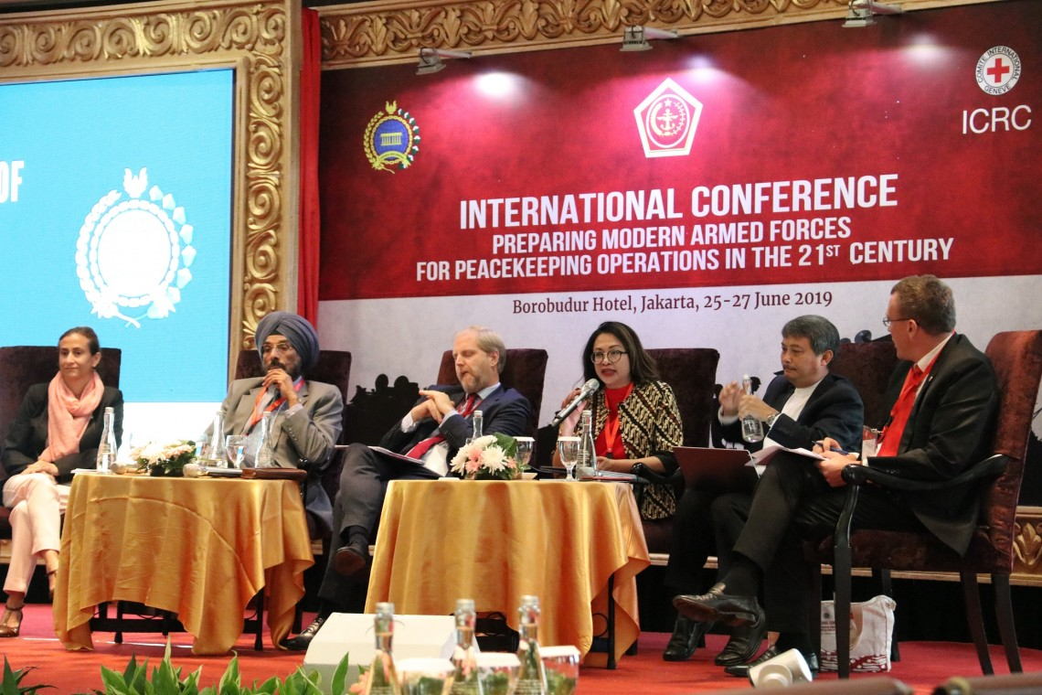 Indonesia: 28 States discuss issues, challenges of modern-day peacekeeping operations