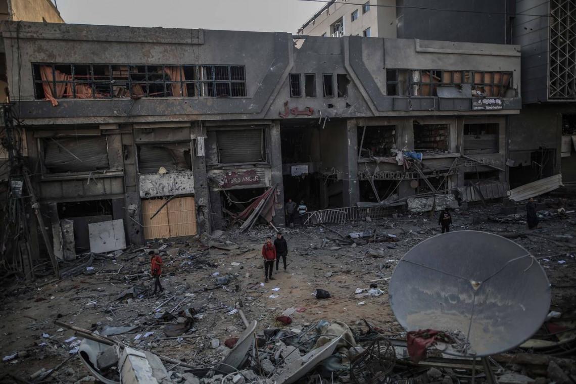 Conséquences dévastatrices des hostilités en Israël et Gaza
