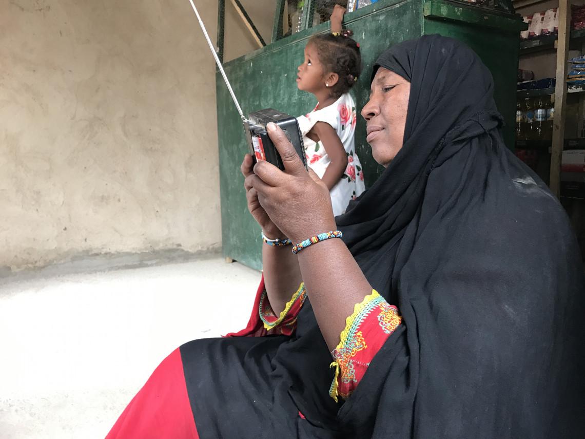 La radio est la seule source d'information pour Ziniba. Aboubacrine Ag Assikabar @CICR.