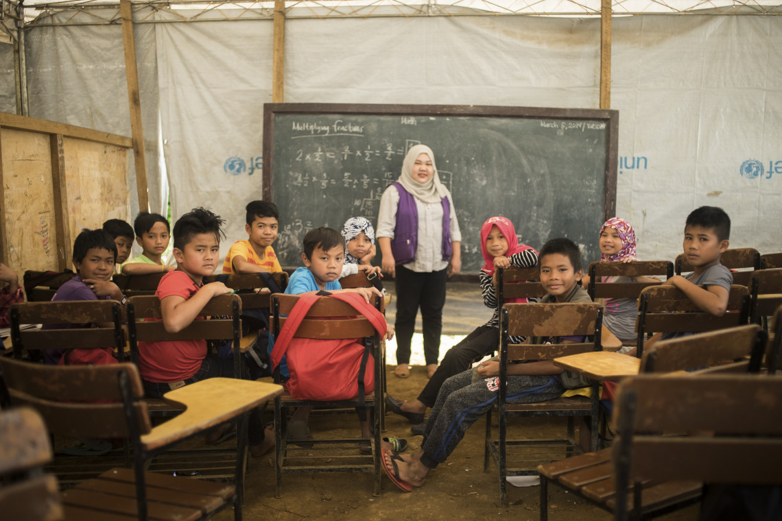 Ensuring the continuity and resumption of access to education in crisis situations