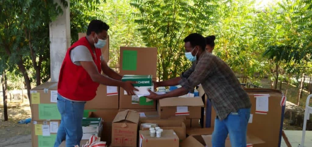 ICRC and the Ethiopia Red Cross Society delivers medical supplies to health care facilities in North Amhara. ICRC /