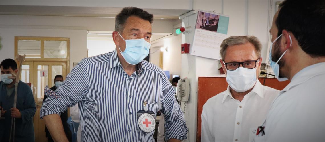Presidente do CICV, Peter Maurer, chega ao Afeganistão