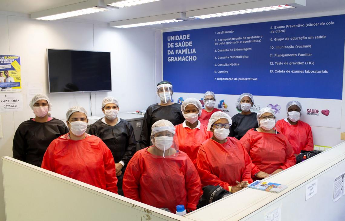 Profissionais da linha de frente contra a Covid-19. Foto: Marcia Foletto/CICV