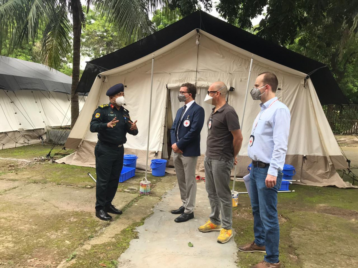 The ICRC contributed to increase of the capacity of the Old Dhaka Central Jail accommodation centre for guards in Bangladesh to help combat COVID-19