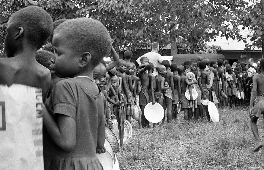 Raza, equidad y legados neocoloniales: cómo avanzar hacia una acción humanitaria basada en principios