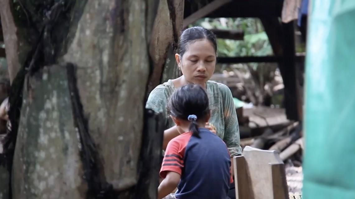 勿忘龙目岛:2000户地震受灾家庭领取重建援助包