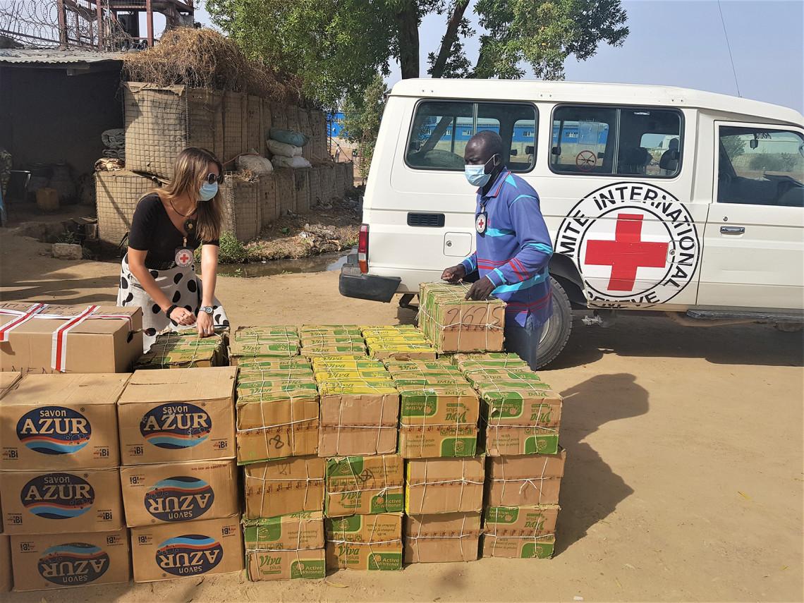 Au Tchad, nous continuons la riposte contre la Covid-19. Crédit : CICR