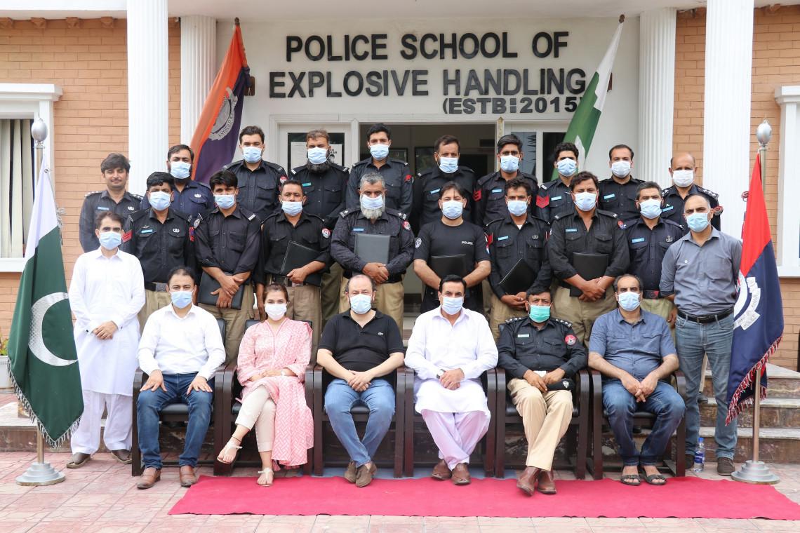 Training the police in safer handling of explosives