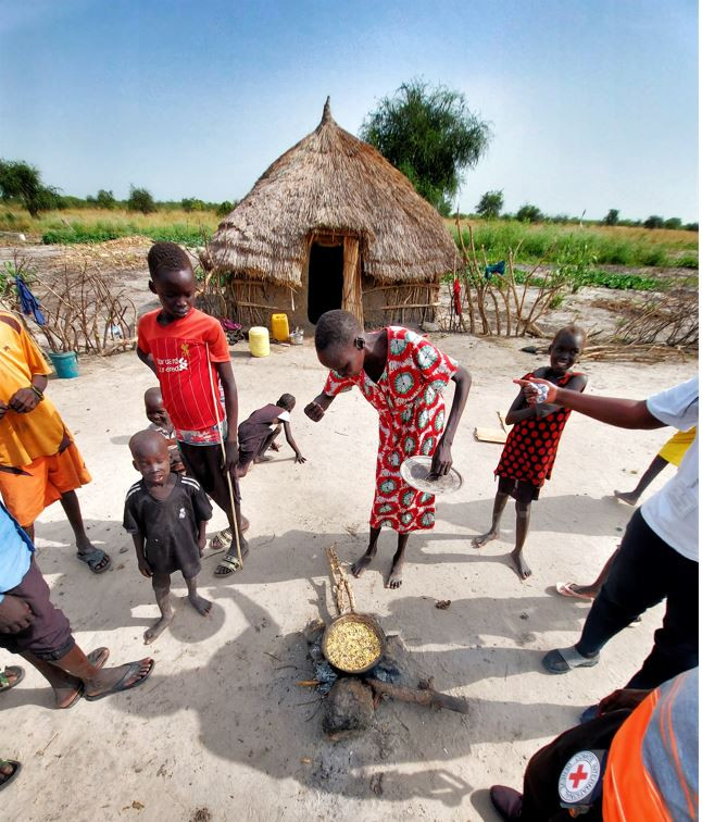 Life in a traditional tukul in South Sudan