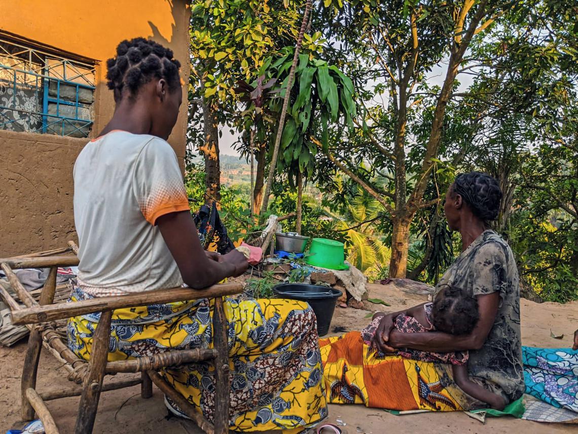 刚果民主共和国:泰蕾兹13岁时遭到强奸,如今找回了自信与尊严