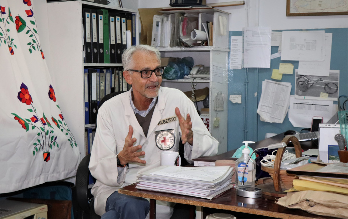 Alberto Cairo, head of the ICRC's physical rehabilitation programme in Afghanistan, in his office at the Ali Abad orthopaedic centre in Kabul. Photo: Mohammad Masoud Samimi / ICRC
