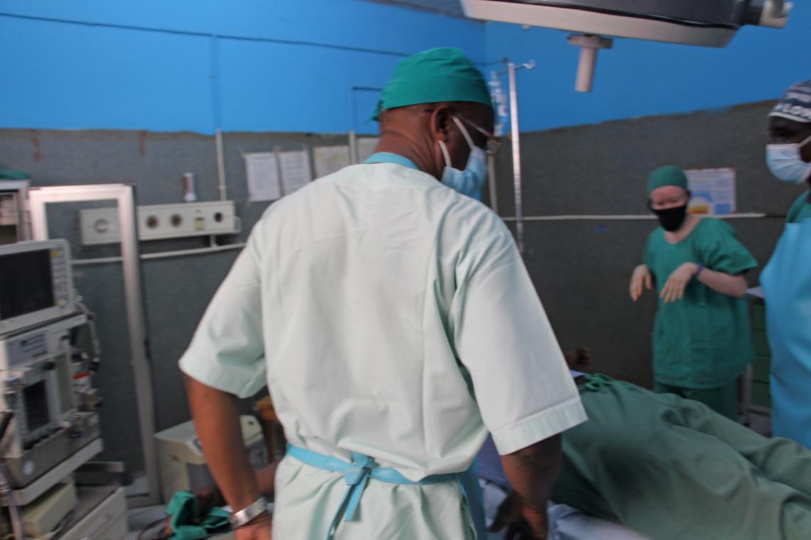 L'hôpital de Mada est la seule structure de santé capable de pratiquer des actes de chirurgie de guerre dans une région dévastée par la violence armée.