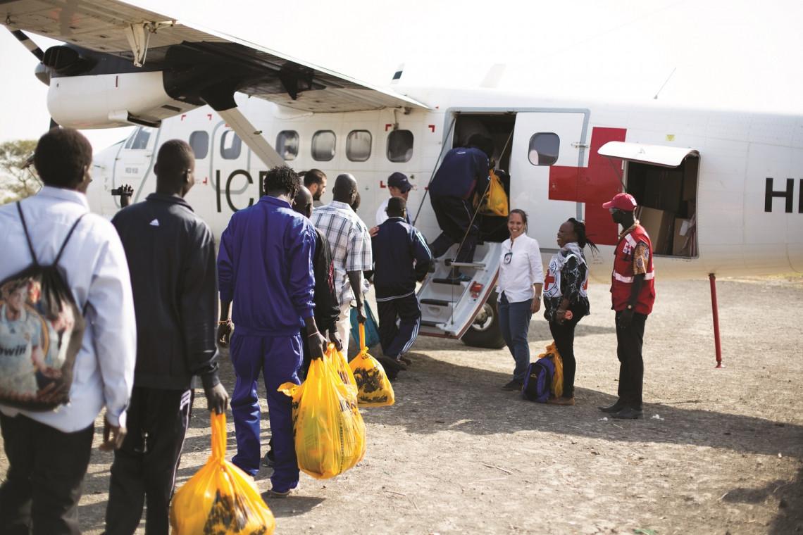 Em 28 de janeiro de 2018, 11 pessoas detidas foram libertadas e levadas de avião pelo CICV para Juba. O CICV facilitou essas libertações na qualidade de intermediário neutro.