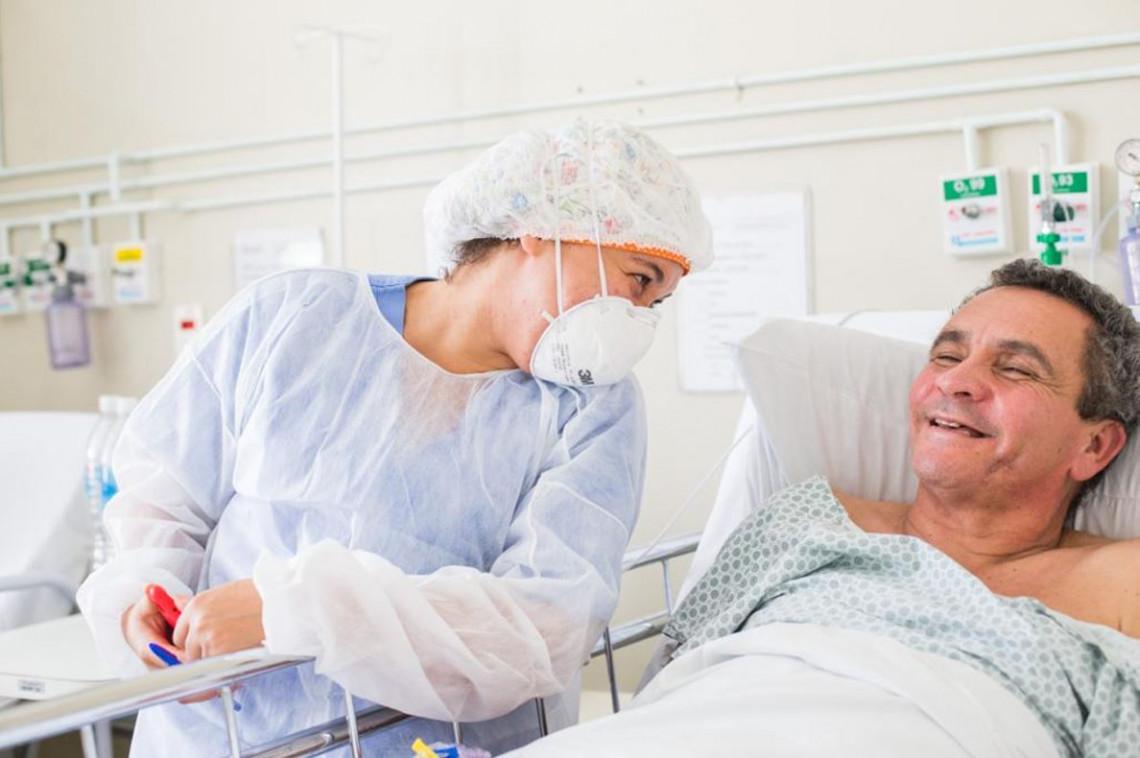 Profissionais da Saúde: Empatia no atendimento aos pacientes de Covid-19