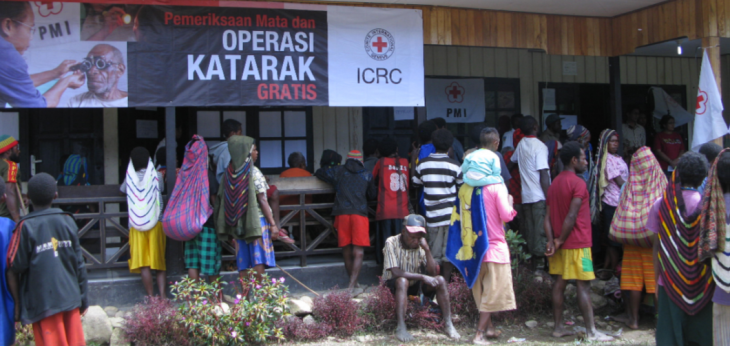 PMI and ICRC distributing spectacles and offering cataract surgery in the center highland areas of Papua. 			Credit: ICRC
