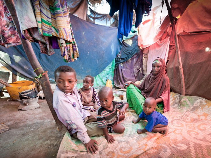 International Women's Day 2016. Somalia, 2015. Fatuma and her six children lived in a makeshift hut made of wood and cloth in a displacement camp in Beletweyne town. CC BY-NC-ND/ICRC/Pedram Yazdi