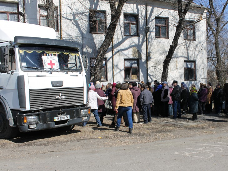 Donetskiy, Ukraine. The people of Donetskiy queue for emergency supplies.