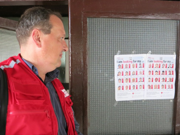 Serbian Red Cross posters telling migrants about the possibility of looking for their family members.